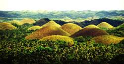 One of the attractions that should not be missed when going to Bohol is going to Carmen to see the majestic Chocolate Hills.