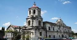 Pilgrimage Tour around Cebu includes 7 churches. Ideally, during Holy Week, people visit the Cebu Metropolitan Cathedral.