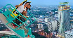 The exciting Edge Coaster allows guests to go around the perimeter of the hotel, while taking in a panoramic view of the city.