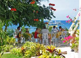 Dining by the Beach, Isis Bungalows Resort, Panglao Alona Bohol