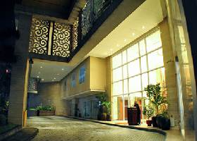 Hotel Entrance, Elizabeth Cebu