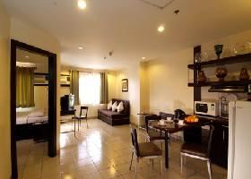 One-Bedroom Suite, Golden Prince Hotel