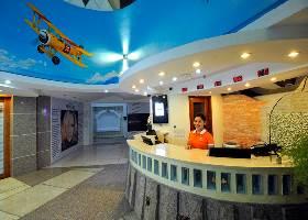 Unique Sky Theme Lobby, Wellcome Hotel, Cebu
