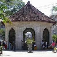 Magellan's Cross is one o the main attractions during the Cebu Twin City Tour.