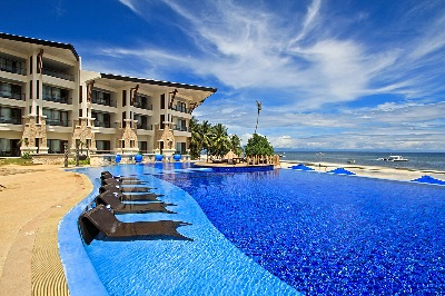 Book discounted rates at Panglao resorts with Green Earth Tours and Travel.